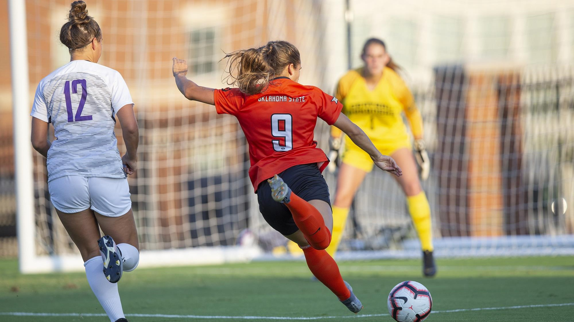 Cowgirl Soccer Takes Down Central Arkansas - Oklahoma State